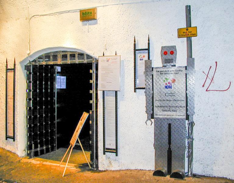 Cynthia's Cyberbar entrance