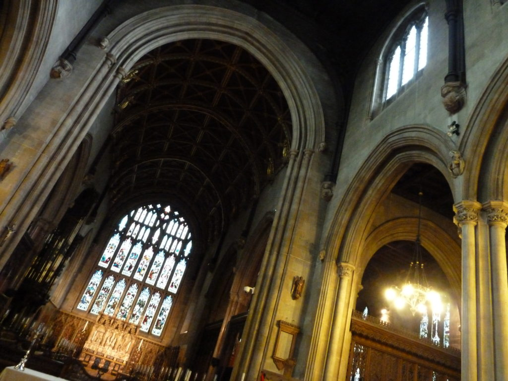 Inside view of Croydon Minster